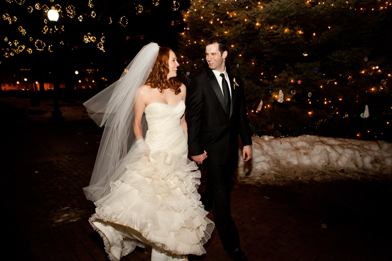 Ok, I know most couples are hesitant about having a winter wedding but they are very romantic and always lots of fun.  Who doesn